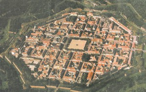 Neuf-Brisach - eine von vielen großartigen Befestigungsbauten von VAUBAN - erbaut Anfang 1600
