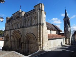 Èglise Saint Jacques 12. - 17. Jahrhundert